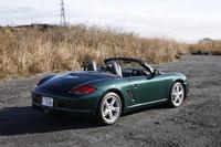 テスト車のボディカラー「レーシンググリーンメタリック」は16万円のオプション。他15色が用意される。