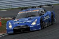2位には、予選13番手スタートのNo.12 カルソニック IMPUL GT-R(松田次生/J.P・デ・オリベイラ組)がつけた。