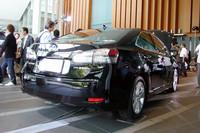 レクサス初のハイブリッド専用車「HS250h」発売の画像