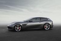 「GTC4ルッソ」のサイドビュー。スタイリングの変更はフェラーリのデザイン部門が行った。