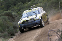 「MINIカントリーマン(日本名クロスオーバー)」も2012年から参戦。2011年シーズンはテストを兼ねてスポット参戦する。 (写真=プロドライブ)