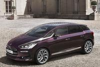 2014年10月に発表された「DS 5」の特別仕様車「Faubourg Addict(フォーブール アディクト)」。35台の限定で発売された。