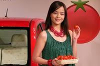 「パッソ プチトマコレクション」お披露目で、加藤ローサさんトマトジュースは苦手!?の画像