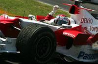 トヨタのヤルノ・トゥルーリ、念願の今シーズン初ポイント。2列目4番手グリッドから6位でゴールした。いっぽうチームメイトのラルフ・シューマッハーはタイヤ選択を誤りグリップ不足に苦しめられた。予選14位から58周でレースを断念した。(写真=Toyota)
