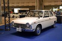 スバル初の水平対向エンジン搭載車である「スバル1000」。