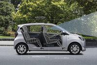 新型「ミラ イース」のパッケージング。車内空間は、前後方向、および前席頭上スペースのゆとりを増している。