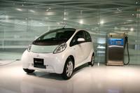 三菱の電気自動車「i-MiEV」がついに市販化
