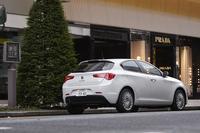 「ジュリエッタ」の現行モデルは2010年のジュネーブショーで世界初公開され、日本では2012年に販売が開始された。