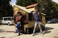 第130回:フランスの中二男子は自作のクルマで旅に出る『グッバイ、サマー』の画像