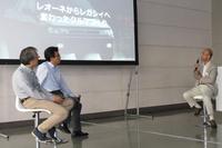 スバルの自動車開発の歴史を振り返る3人。右からスバルOBの大林眞悟氏、新型「インプレッサ」の開発を担った阿部一博氏、車両研究実験総括部部長の藤貫哲郎氏。
