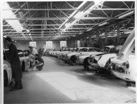 アストンマーティンの名車「DB4 G.T.」が25台限定で復活の画像