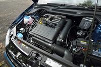「ポロ ブルーGT」に搭載されるエンジンは「ゴルフTSIハイライン」と同型の1.4リッター直4     ターボ。気筒休止システム「ACT」を備え、140psと25.5kgを発生する。