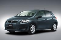 「トヨタ・オーリス」利便性アップ、新色追加も