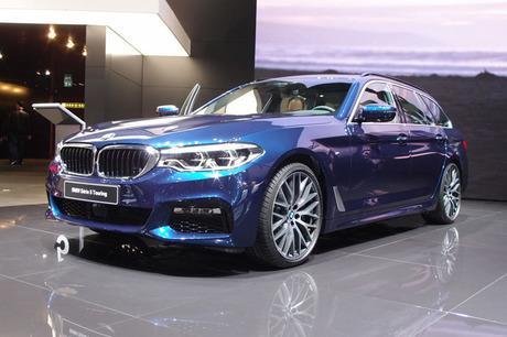 2017年3月7日に開幕した第87回ジュネーブ国際モーターショー。BMWは新型「5シリーズ」のワゴンバリエーショ...