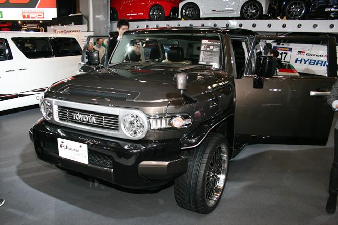 トヨタ・FJクルーザーの画像 p1_11