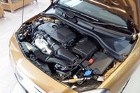 エンジンは122psと20.4kgmを発生する1.6リッター直4ターボのみの設定。