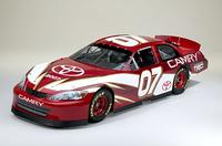 2007年から参戦が予定される「トヨタ・カムリ」NASCAR仕様。(写真=トヨタ自動車)