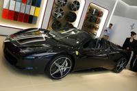 """「フェラーリ・テーラーメイド」を利用して製作した、""""武士道""""をテーマにしたという「458スパイダー」。"""