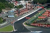 F1、2004年カレンダー発表の画像
