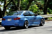 BMW M3セダン     ボディーサイズ:全長×全幅×全高=4685×1875×1430mm/ホイールベース:2810mm/車重:1640kg/駆動方式:FR/エンジン:3リッター直6 DOHC 24バルブ ツインターボ/トランスミッション:7AT/最高出力:431ps/7300rpm/最大トルク:56.1kgm/1850-5500rpm/タイヤ:(前)255/35R19 (後)275/35R19/車両本体価格:1104万円