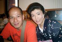 たまたま一緒にいた岡村昌宏カメラマンと、アヤメさんのツーショット。記事とは関係ありまっしぇーん!