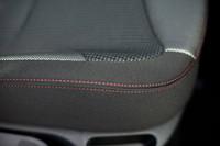 特別限定車「プジョー308スポーティアム」発売の画像
