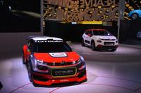 「シトロエンC3 WRCコンセプト」(手前)