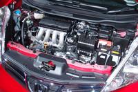 2種類のパワーユニットは、いずれも「フィット」ゆずり。車重の増加にも関わらず、空力やフリクションロスの見直しにより「フィット」と同じ燃費値を手に入れた。(写真は1.5リッターガソリンエンジン)