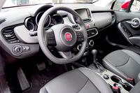 テストドライブに供されていたのは、最上級である2リッター4WDのなかでも一番立派な「フィアット500X クロスプラス」だった。