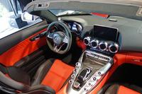 「AMG GT Cロードスター」のインテリア。