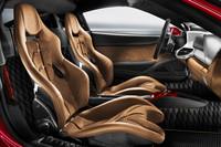 「フェラーリ・テーラーメイド・プログラム」では、内装の素材や色のさまざまなアレンジが可能。
