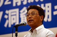 日本EVクラブ代表の舘内端さんは、「昨今の環境問題は、行政だけの力では限界がある。行政と企業と市民、また地方自治体が協力し合うことで、少しでも地球温暖化防止活動に貢献できればと思う」「日本でもこうした活動で環境問題に取り組んでいることを、世界の人たちに知ってもらいたい」とコメントした。