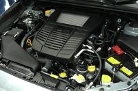 「DIT」と呼ばれるスバル独自の直噴技術を採用した2リッター直4ターボエンジン。