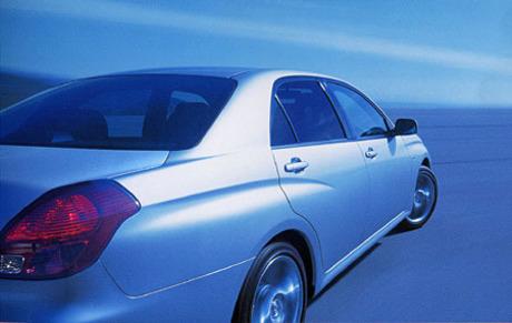 トヨタ・ヴェロッサ……240.0から337.0万円プラットフォームを徹底活用するトヨタから、2001年7月6日、また...