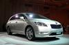 3列シートの新型ワゴン「トヨタ・マークX ジオ」デビュー