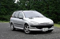 【スペック】XS(4AT):全長×全幅×全高=4030×1675×1475mm/ホイールベース=2440mm/車重=1150kg/駆動方式=FF/1.6リッター直4DOHC16バルブ(108ps/5800rpm、15.0kgm/4000rpm)/車両本体価格=209.0万円(テスト車=同じ)