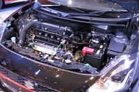 パワーユニットには、新たにマイルドハイブリッドが設定された。1.2リッターエンジンとモーターアシスト機構の組み合わせにより、FF車で27.4km/リッター、4WD車で25.4km/リッターという燃費を実現している(いずれもJC08モード)。