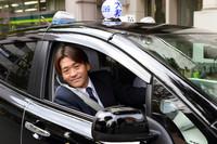 リーフタクシーの担当ドライバーである斉藤孝良さん。