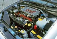 280ps/6000rpmの最高出力と40.2kgm/4400rpmの最大トルクを発する、STiバージョン専用エンジン。