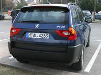 【スペック】 X3 3.0i(欧州仕様):全長×全幅×全高=4565×1853×1674mm/ホイールベース=2979mm/車重=1835kg/駆動方式=4WD/3リッター直6DOHC24バルブ(231ps/5900rpm、30.6/3500rpm)