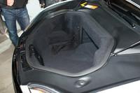 エンジンのないボンネット下にはテスラが「フランク(トランク+フロントの造語)」と呼ぶ収納スペースがある。容量は150リッター。