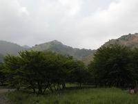 一見するとのどかな里山だが、その裏には、公害の生々しい跡が今なお残っているという。