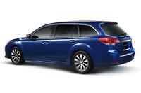 """今回の一部改良では、外観は変更なし。ツーリングワゴンとアウトバックの「2.5i Lパッケージ」と「2.5i EyeSight」が""""エコカー減税75%""""に適合するなど、エコカー減税対象車が拡大した。"""