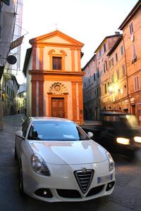 「アルファ・ロメオ・ジュリエッタ」(同型車)。