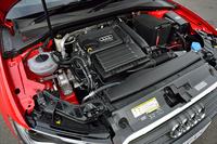 「A3スポーツバック1.4 TFSI」に搭載されるエンジンは1.4リッター直4ターボ。122psと20.4kgmを発生する。