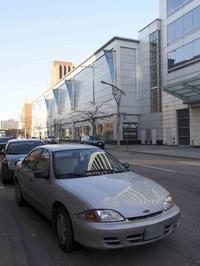 【写真2】同じくウィンザーにいた3代目「シボレー・キャバリエ」(1995-2005年)。一時、貿易摩擦対策として日本でもトヨタからOEM版が販売された。