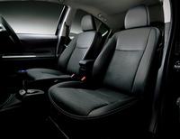 「トヨタ・アクア」に豪華装備の新グレードの画像