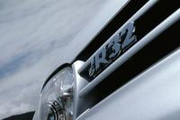フォルクスワーゲン・ゴルフR32 4ドア(6MT)【ブリーフテスト】の画像