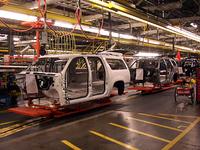 GMのフルサイズピックアップトラックとフルサイズSUV、プラットフォームは共通となる。
