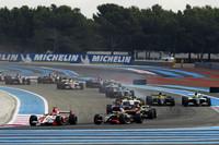 2011年は欧州8カ国で全9戦が開催された。写真は9月、フランスのポールリカールでの「フォーミュラ・ルノー3.5」。